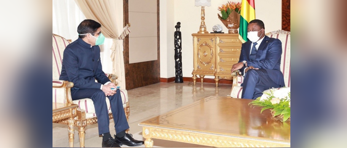 Mr. Sanjiv Tandon presented his credentials as Ambassador of India to Togo to H.E. Mr. Faure Gnassingbé, President of the Togolese Republic, on 23 July 2021