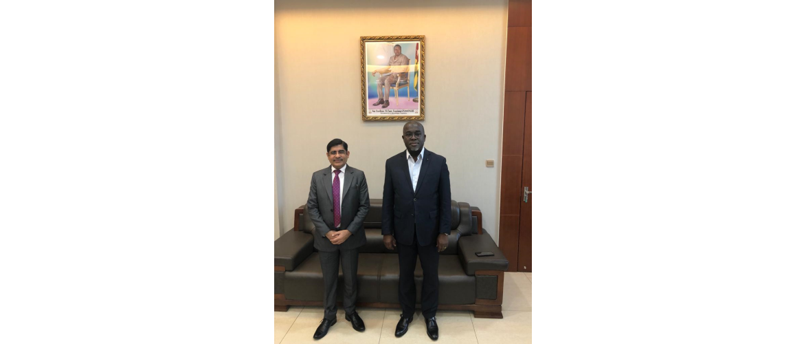 Ambassador Sanjiv Tandon met on October 07, 2021 Honourable Minister of Agriculture H.E. Mr. Antoine Lekpa Gbegbeni and discussed cooperation in the field of agriculture between the two countries.